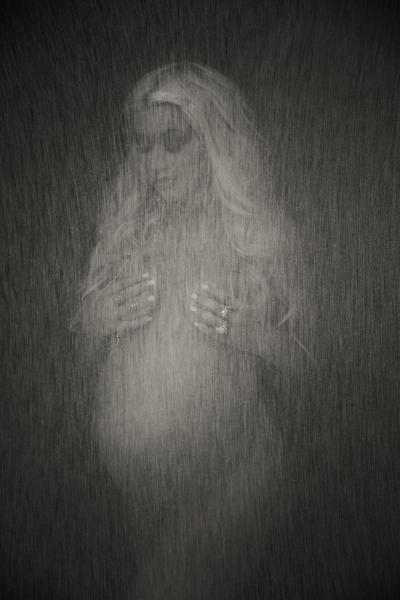 Christina Aguilera, enceinte, pose nue pour V magazine